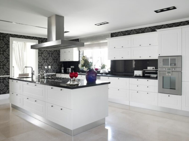 cocina blanca estilo minimalista papel pared negro ideas