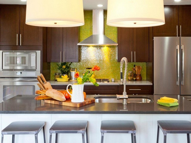 cocina isla panel pared color amarillo precioso ideas