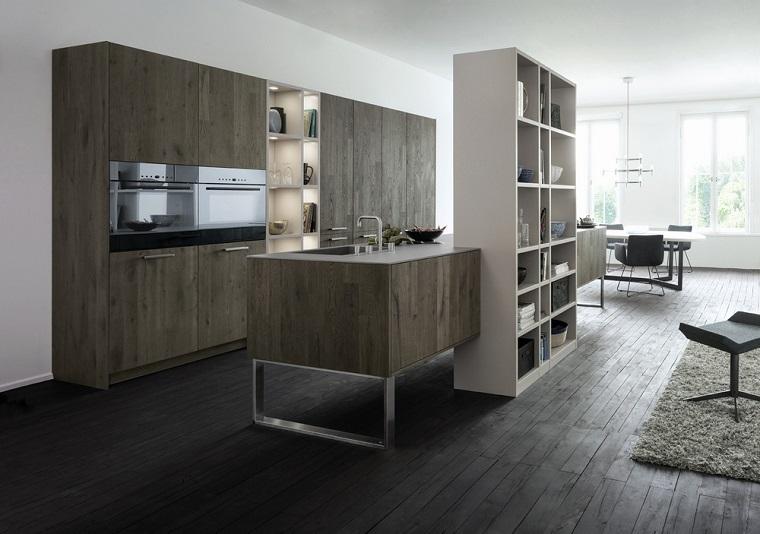 cocina madera oscura estanterias medio isla ideas