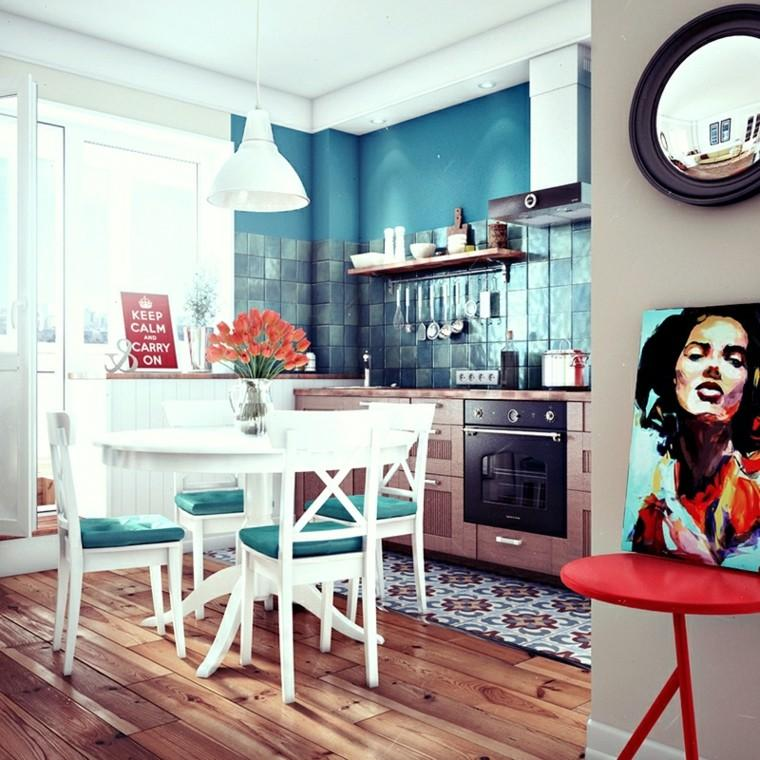 cocina pequena sillas blancas cojines azul cuadros ideas