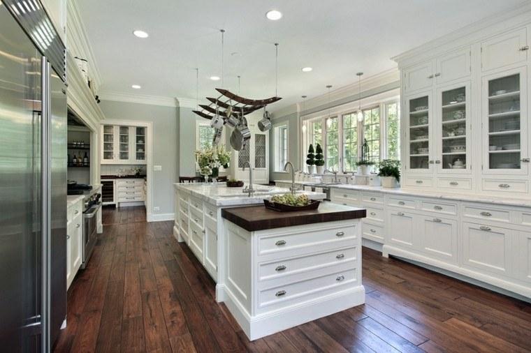 cocinas de diseño blanco lujo suelo madera