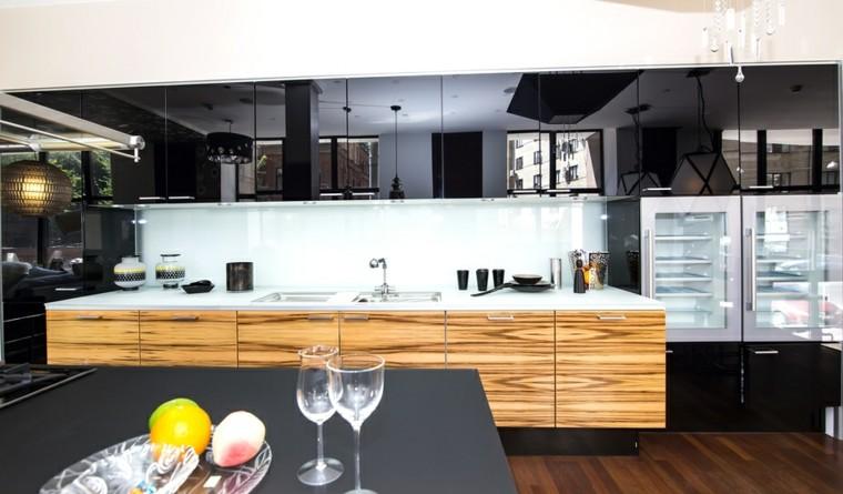 cocinas modernas con isla armarios madera encimera negra ideas
