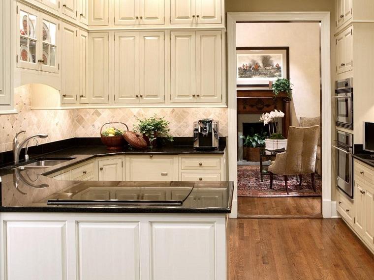 cocinas pequeñas modernas armarios blancos encimeras negras ideas