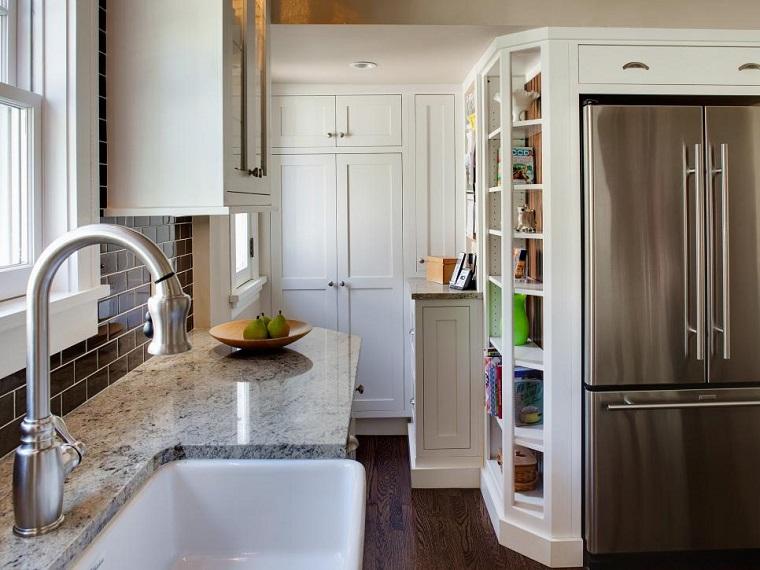 cocinas pequeñas modernas estantes abiertos estrecha ideas