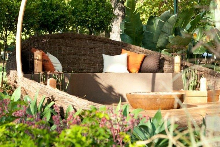 confort cojines colorido jardin plantas