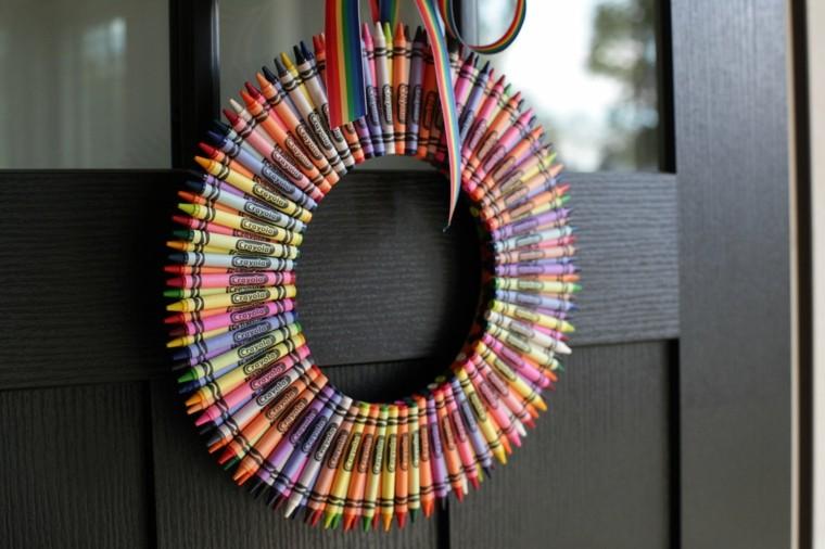 puertas decoracion crayolas diy decoracion