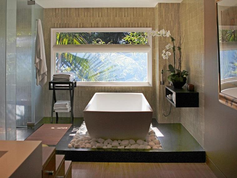 cuarto bano estilo minimalista diseno moderno baldos blancos ideas