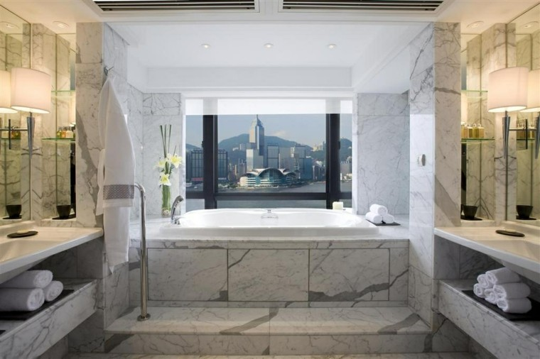 cuarto de baño lujoso pared suelo marmol ideas