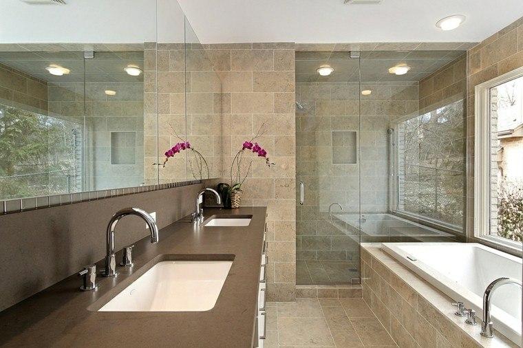 Ideas Baños Con Ducha:Encimera de mármol blanco en el lavabo del baño con ducha