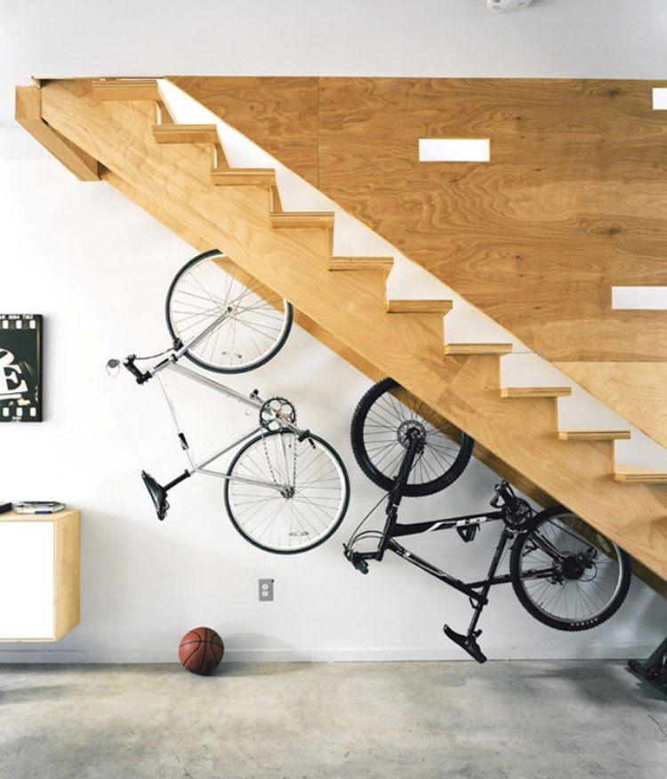 decoración de cuarto bicicletas debajo escalera ideas