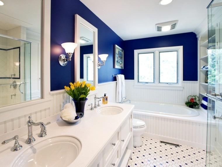diseño cuarto baño azul marino