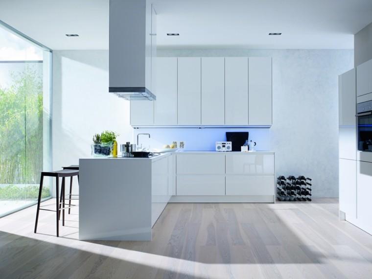 diseño cocina blanca patio