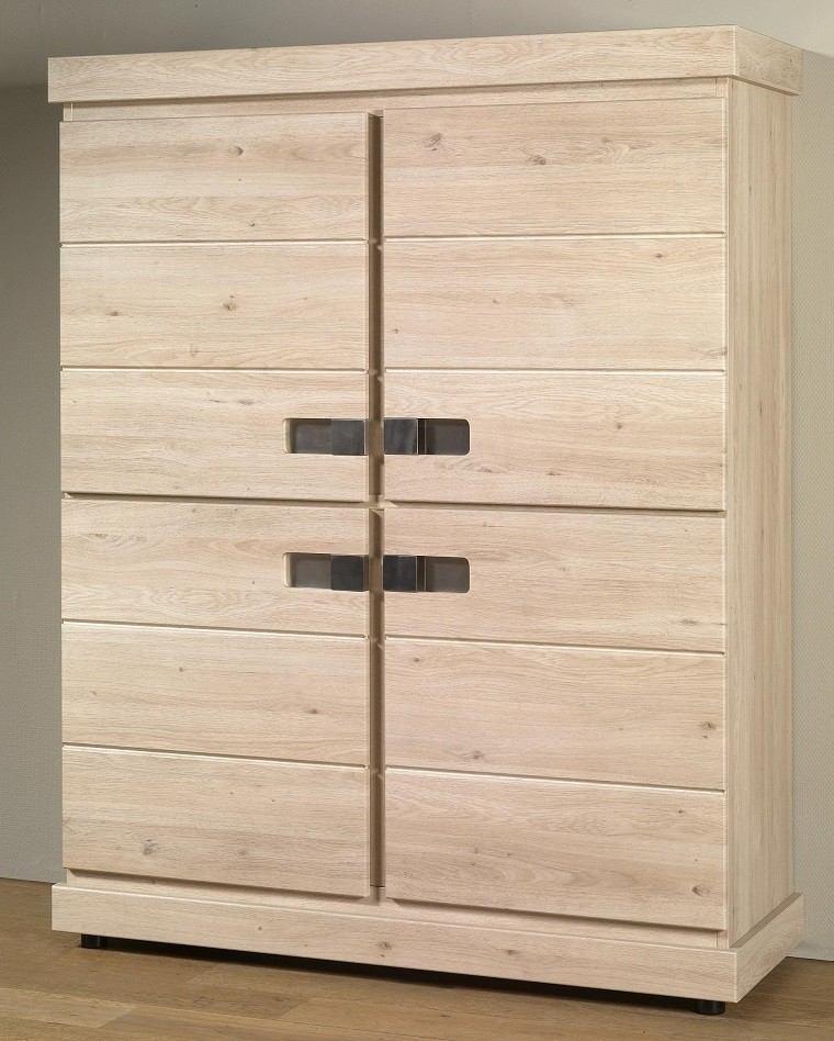 Sillas de madera para comedor clasicas for Comedores redondos pequea os
