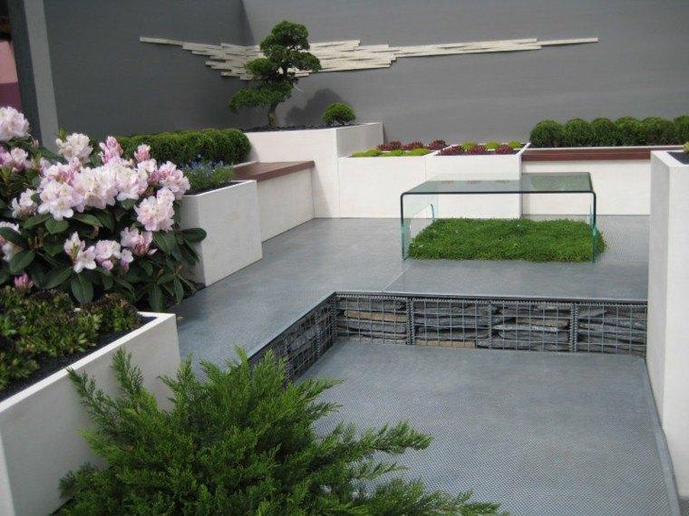 diseño jardines pequeños rosa mesa escultura