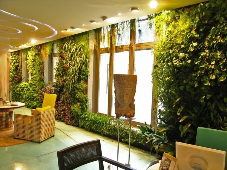 diseño jardines verticales calido mascara sillas