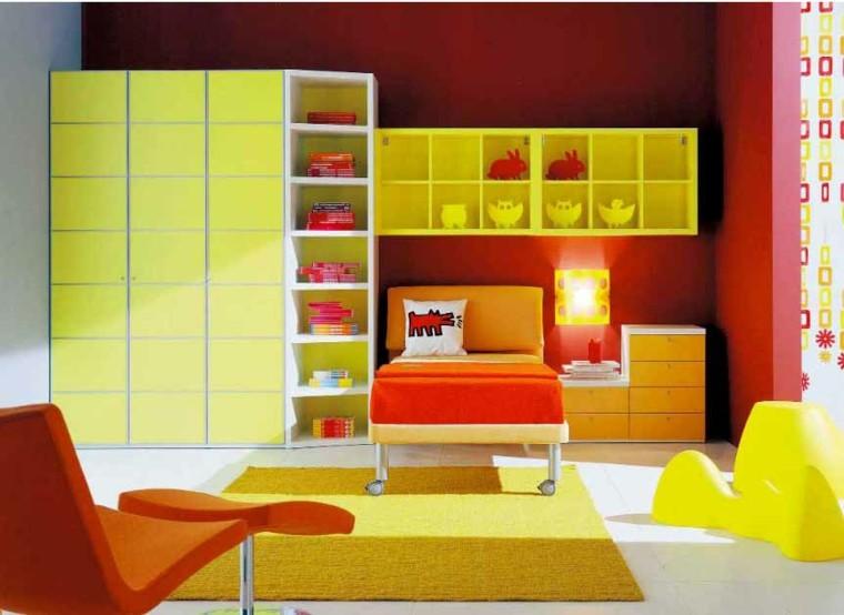 dormitorio infantil naranja sillones colorido