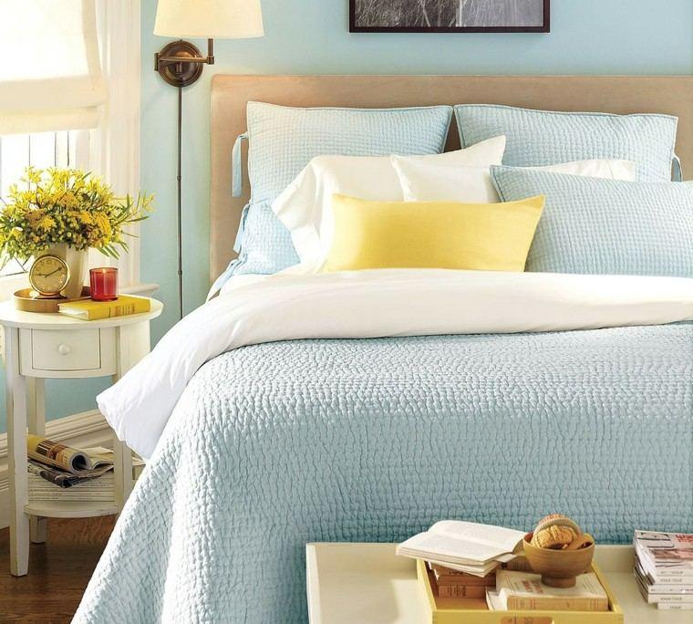 dormitorio juvenil tonos claros celeste