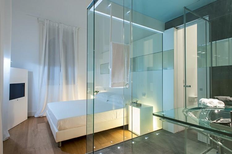 Cuartos de ba o acristalados en el dormitorio 25 ideas - Banos con paredes de cristal ...