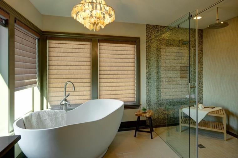 ducha amplia calida plato ventanas