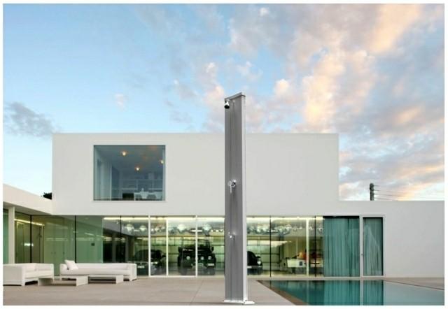 ducha moderna jardin estilo minimalista