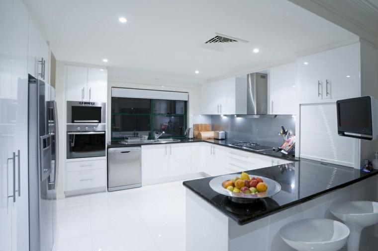 encimeras metal cocina blanco frutas