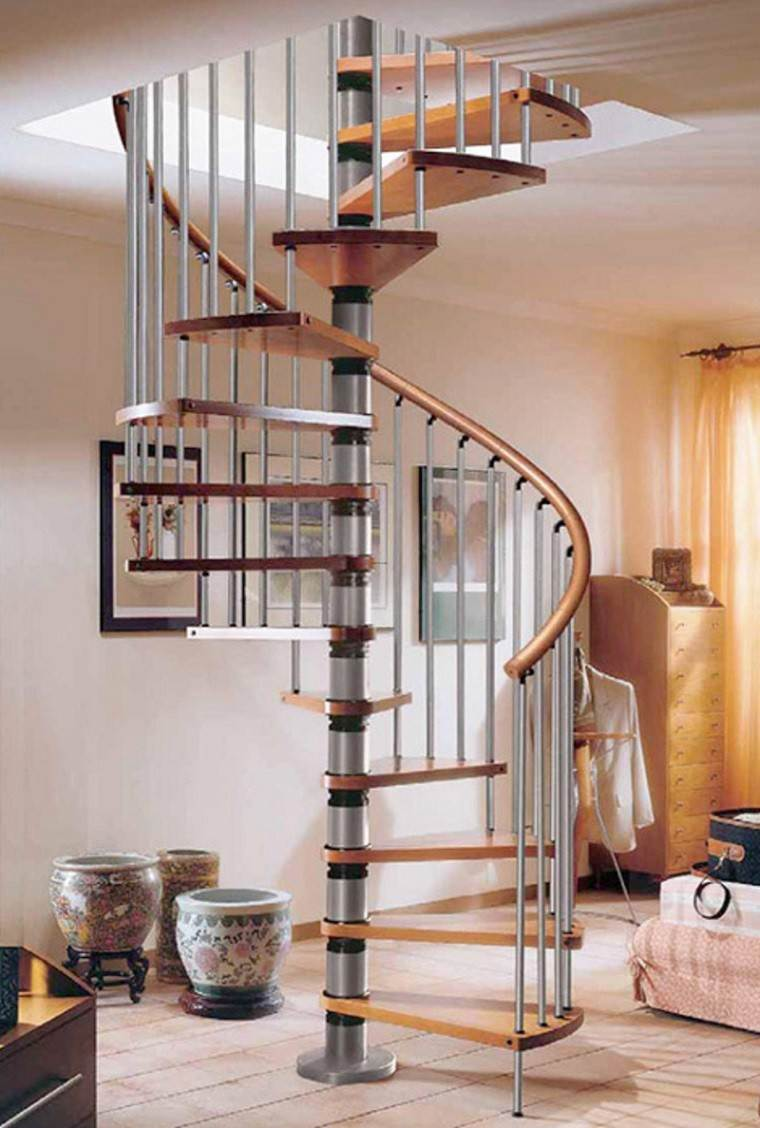 Decorar escaleras con estilo 50 ideas for Escalera de caracol de metal fuera