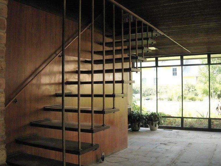 escaleras colgantes diseño moderno