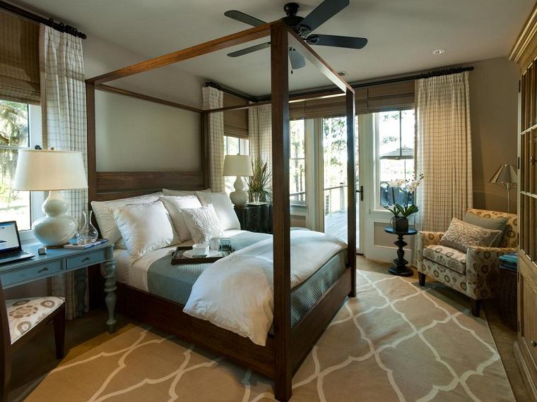 escapada romántica cama madera dormitorio dosel ideas