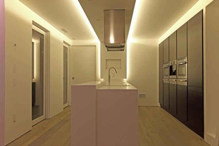 espacios blanco cocina isla iluminacion LED ideas