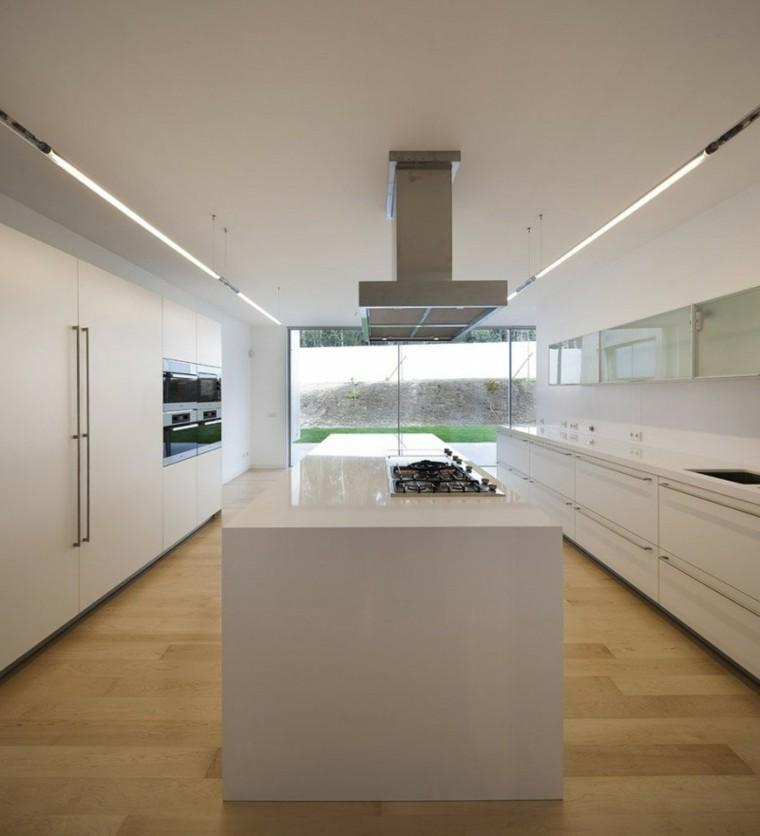 espacio en blanco cocina minimalista luminoso ventana ideas