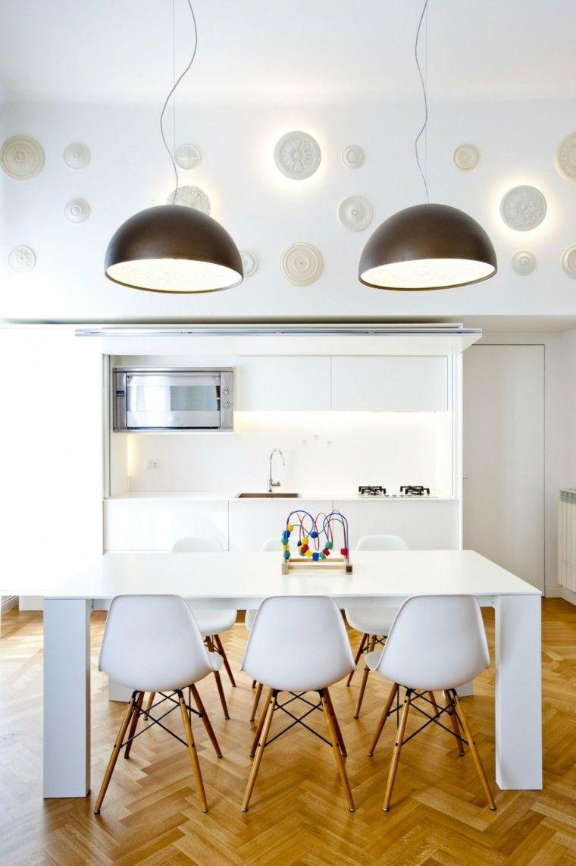 espacio en blanco cocina minimalista sillas blancas ideas