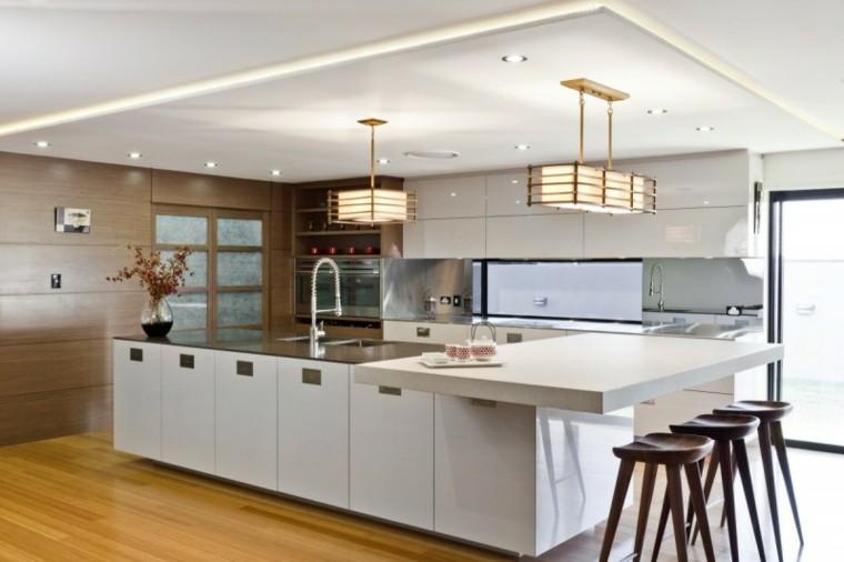 espacio en blanco cocina minimalista sillas madera ideas