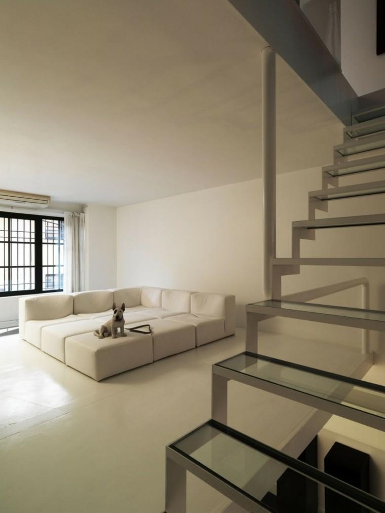 esquina sofa perro escaleras modernas