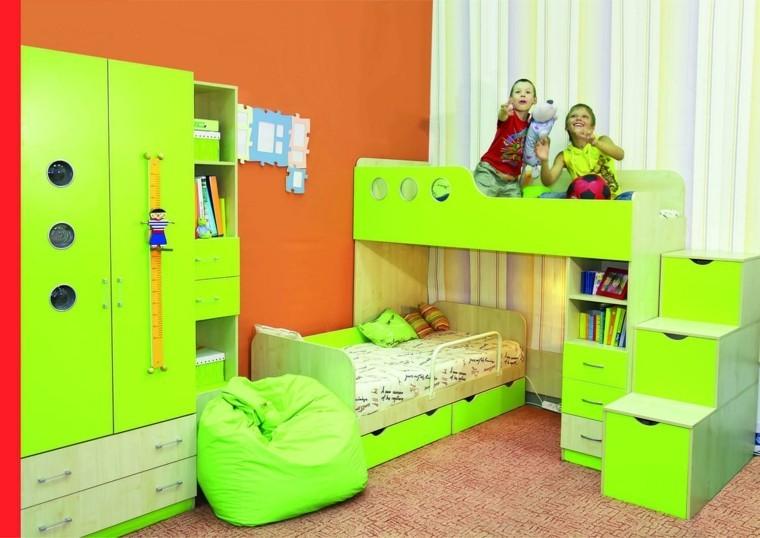 estantes verde colores circulos naranja
