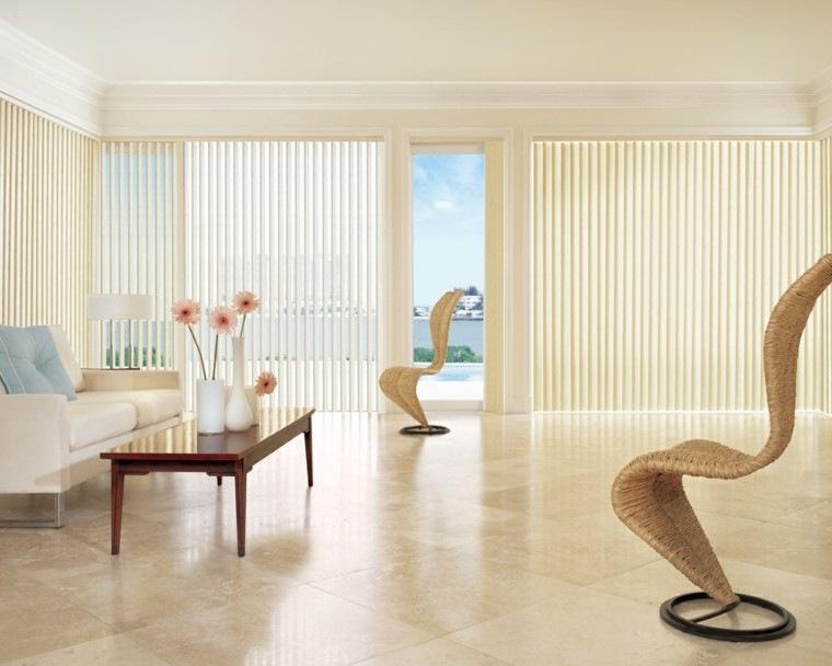 estores verticales salon amplio jarrones decorativos blancos ideas