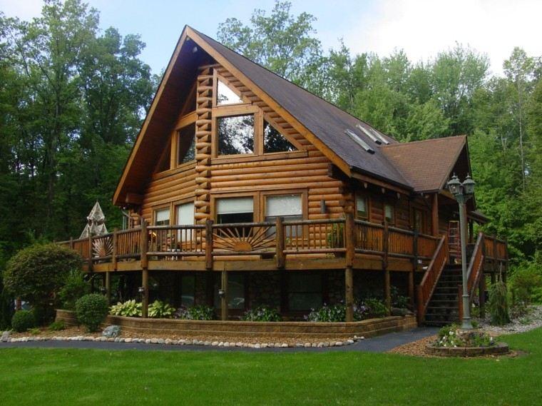 Fachadas de casas rusticas cincuenta dise os con encanto for Casa moderna madera