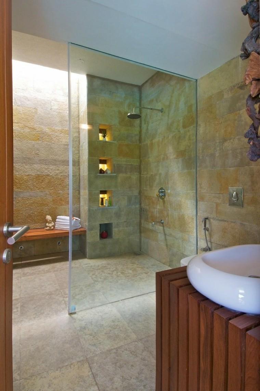 Baños Modernos Con Plato De Ducha:Diseño de cabina de ducha con mosaicos