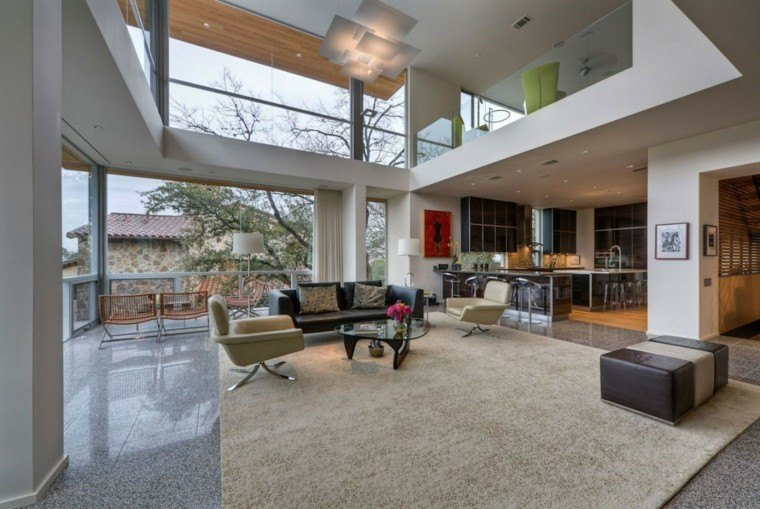 diseno salon moderno amplio ventanales alfombra beige ideas