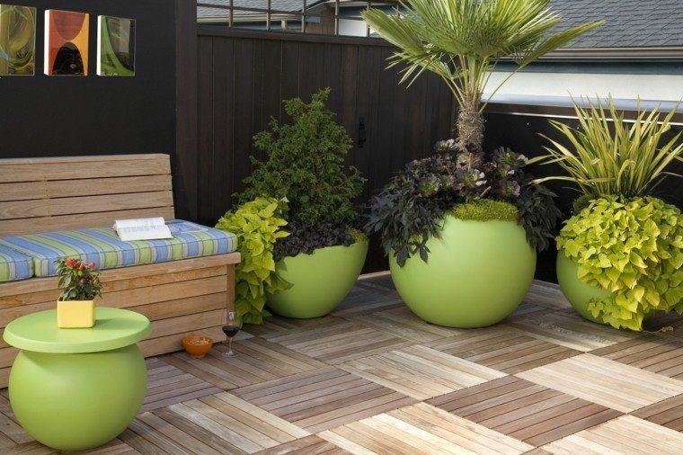 exterior verde decorativo esfera madera