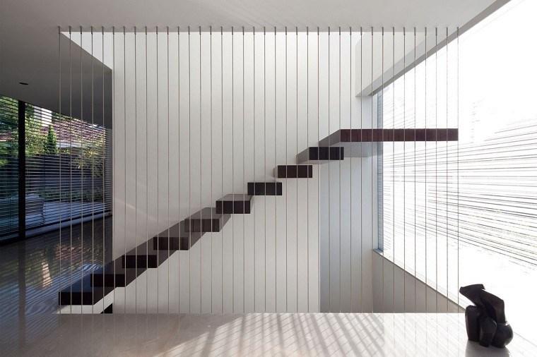 fabuloso diseño escaleras colgantes cuerdas