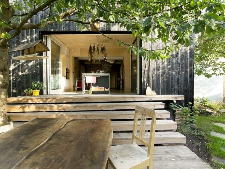 Fachadas de casas rusticas cincuenta dise os con encanto - Maderas tropicales para exterior ...