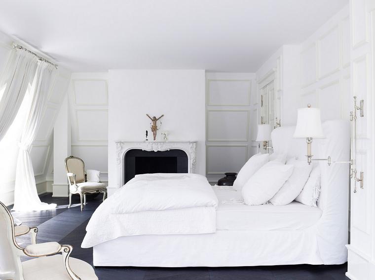 habitacion color blanco cortinas fresca chimenea