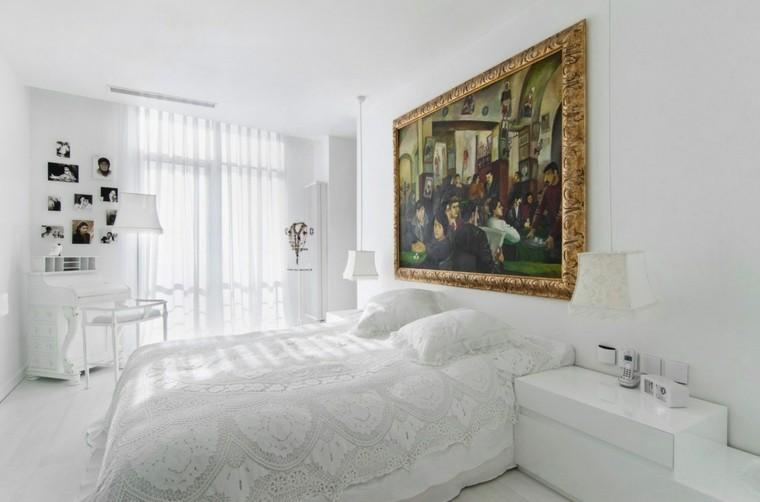 habitacion color blanco cuadro colorido dorado