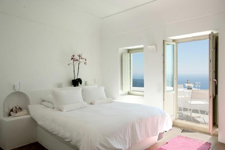 habitacion color blanco negro balcon rosa