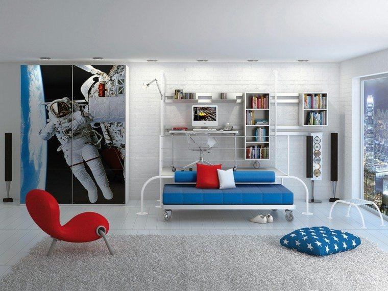 habitacion niño butaca rojo vibrante cama azul ideas