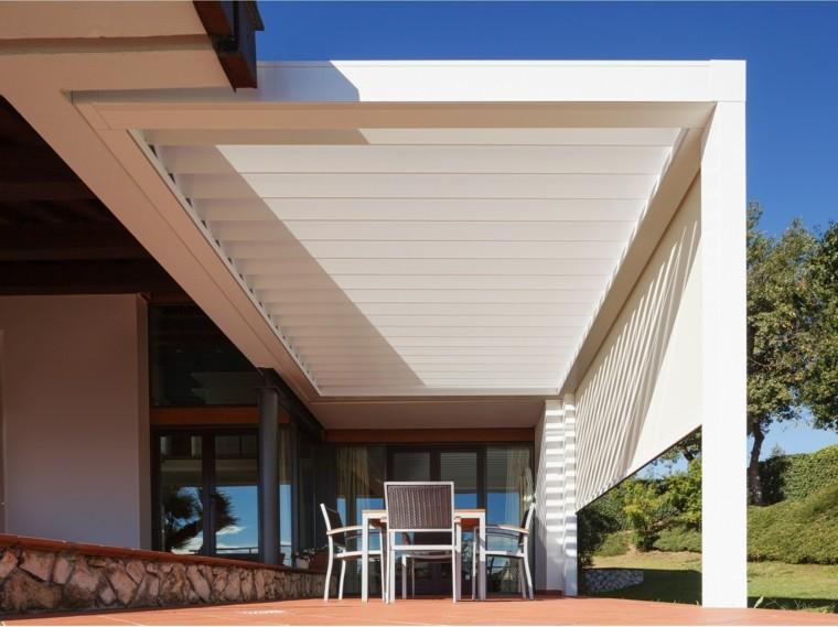 Ideas interesantes de p rgolas en el jard n o terraza - Terrazas con pergolas ...