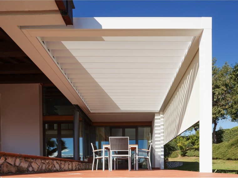 Ideas interesantes de p rgolas en el jard n o terraza - Pergolas de aluminio para jardin ...