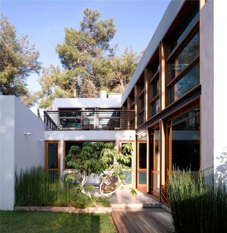 jardin interior bonito diseño moderno
