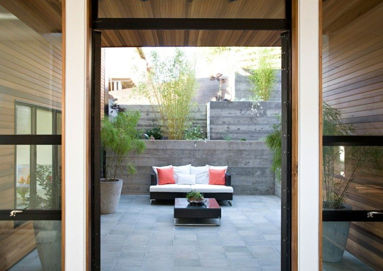 Patio interior cincuenta ideas modernas para decorarlo for Decoracion de patios de casas