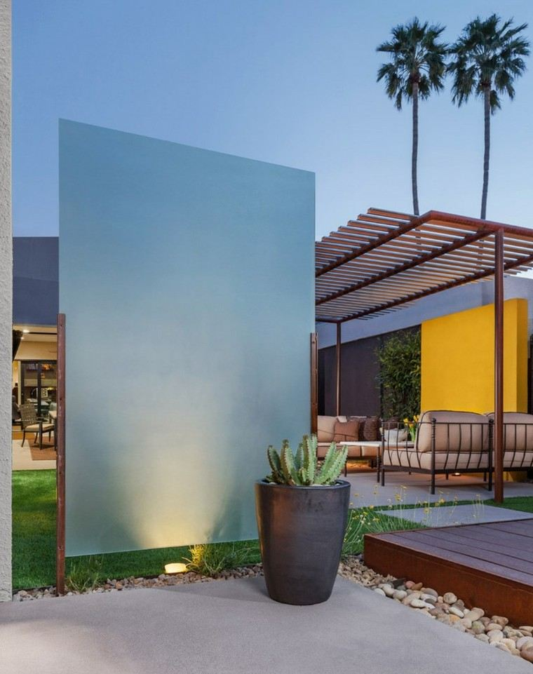 jardin moderno pared separadora cristal grueso ideas